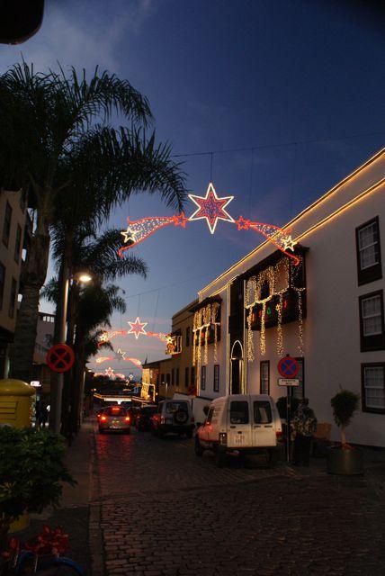 Julepynta gater