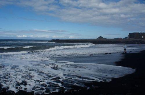 Hav slår mot land